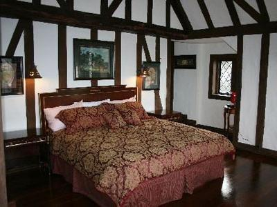 The Castle At Skylands Manor Bed And Breakfast Ringwood (NJ) - Guest Room