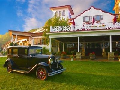 The Historic Summit Inn Bed And Breakfast Hopwood (PA)