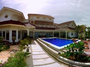 Bayfront Villa Jepara 哲帕拉海滨别墅