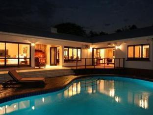 Riverside de Charmoy Estate Guest House