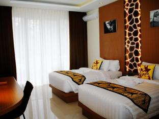 Royal Safari Garden Resort & Convention Puncak - Interior