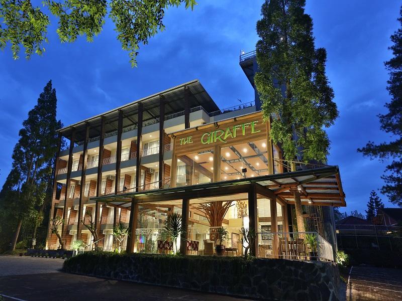 Royal Safari Garden Resort & Convention Puncak - Sky Garden