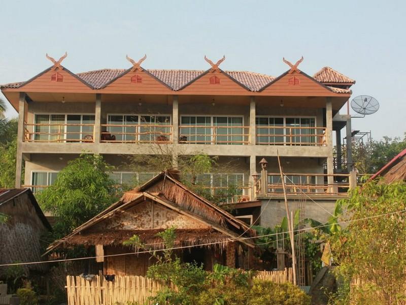 Hotell Cat   Oil Home i , Sangkhla Buri (Kanchanaburi). Klicka för att läsa mer och skicka bokningsförfrågan