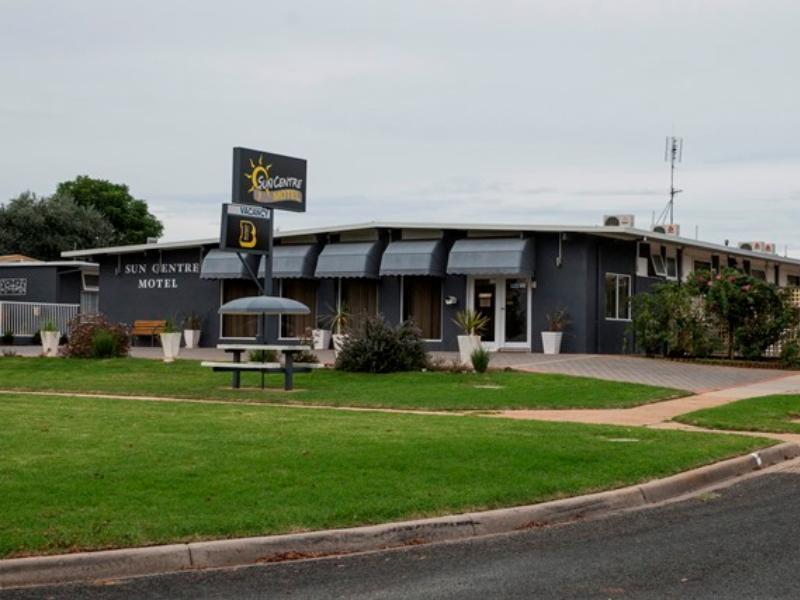 Sun Centre Motel - Hotell och Boende i Australien , Swan Hill