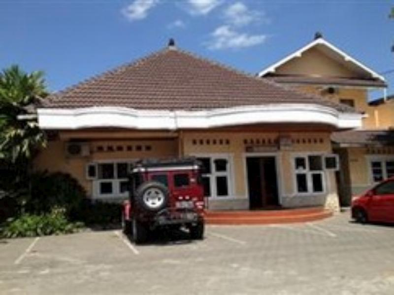 Hotel Santalum Yogyakarta - Tampilan Luar Hotel