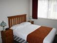 A Line Holiday Village Bendigo - Ensuite Cabin Bedroom