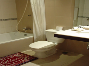Indochine Hotel Ho Chi Minh City - Deluxe Double Bed Bathroom