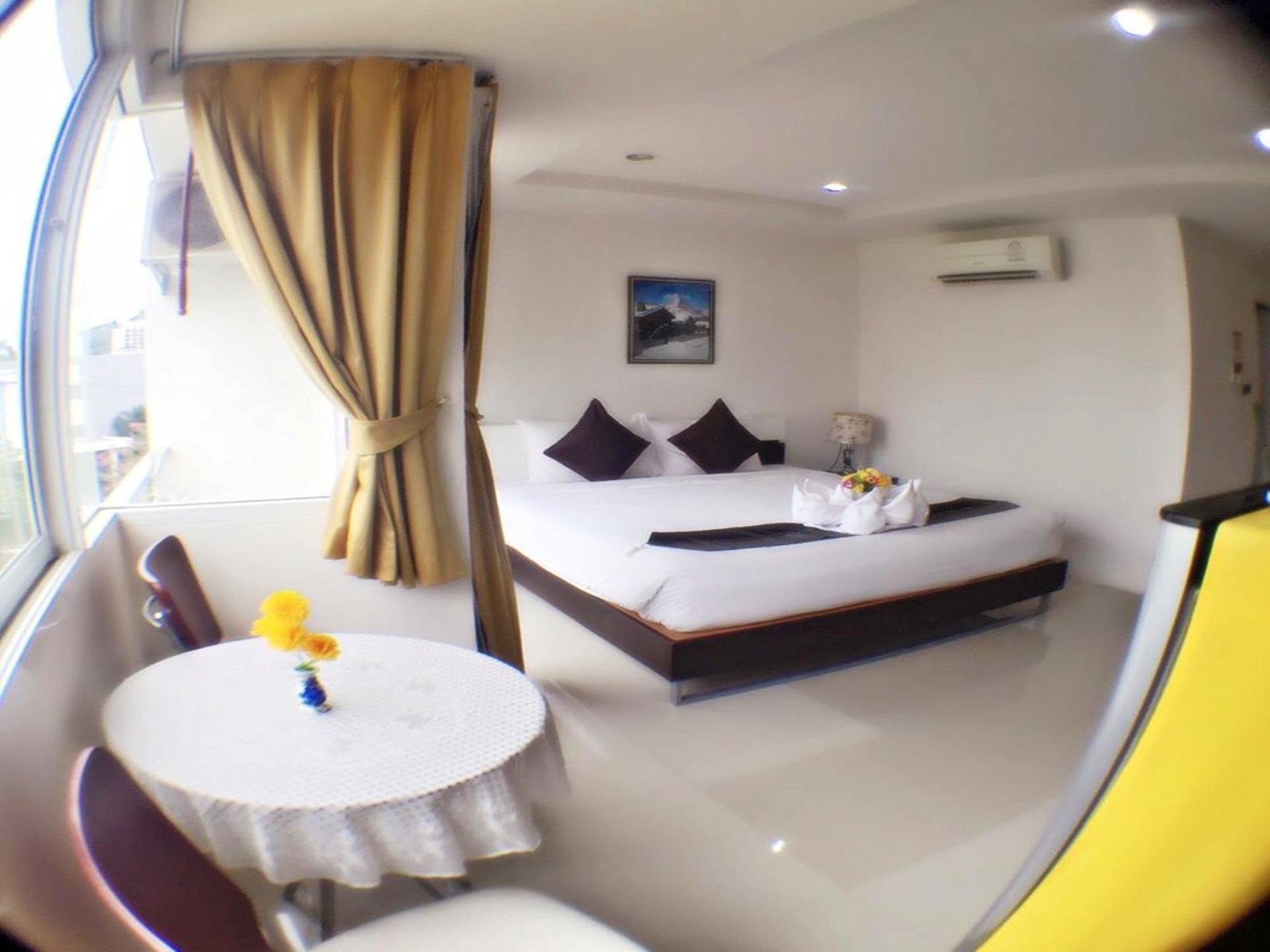 Hotell Swiss House i Patong, Phuket. Klicka för att läsa mer och skicka bokningsförfrågan