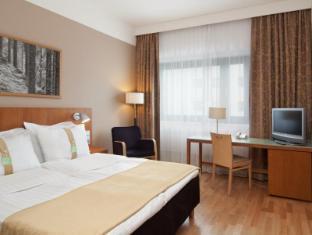 Holiday Inn Helsinki Vantaa Airport Helsinki - Double Bed Guest Room