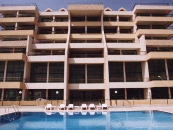 Adma Blue Screen - Hotels and Accommodation in Lebanon, Middle East