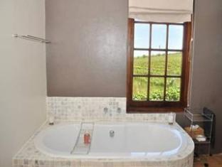 Allegria Guesthouse & Vineyards Stellenbosch - Bathroom