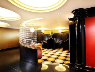 The Luxe Manor Hongkong - Business Center