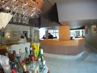 Apart Hotel Maue Mendoza - Reception