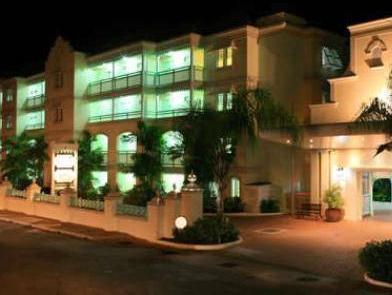 Coral Mist Beach Hotel - Hotell och Boende i Barbados i Centralamerika och Karibien
