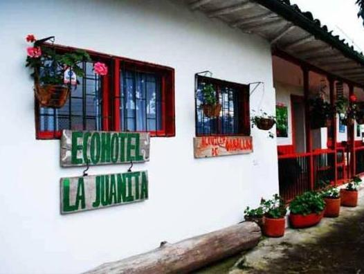 Eco Hotel La Juanita - Hotels and Accommodation in Colombia, South America
