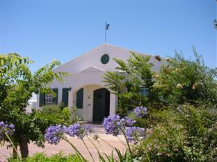 Eikendal Lodge Stellenbosch - Lodge Entrance