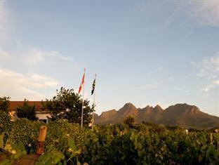 Eikendal Lodge Stellenbosch - Helderberg Mountain