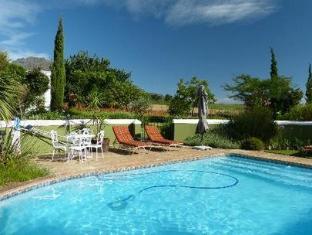 Eikendal Lodge Stellenbosch - Swimming Pool
