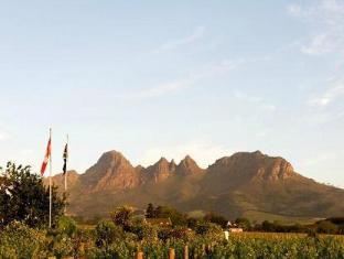 Eikendal Lodge Stellenbosch - View Of The Mountain