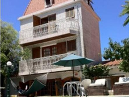 F&F Hostel - Hotels and Accommodation in Uruguay, South America