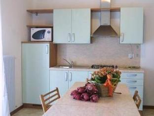 Residence Mini Sayonara Lido Di Jesolo - Kamar Suite