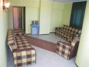 Sadirvan apart hotel kuşadası konuk odası