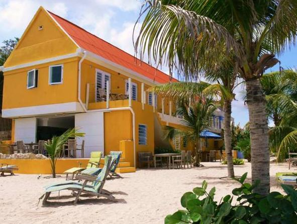 Scuba Lodge & Suites - Hotels and Accommodation in Netherlands Antilles, Central America And Caribbean