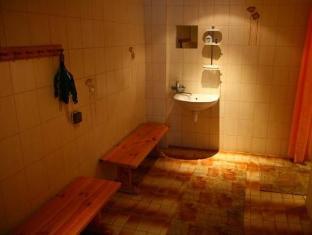 Ots Kodumajutus Apartment كوريسار - حمام