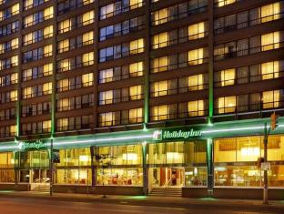 /id-id/holiday-inn-hotel-and-suites-toronto-downtown-centre/hotel/toronto-on-ca.html?asq=m%2fbyhfkMbKpCH%2fFCE136qXFYUl1%2bFvWvoI2LmGaTzZGrAY6gHyc9kac01OmglLZ7
