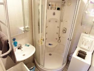 Kotimaailma Apartments Helsinki Helsinki - Bathroom