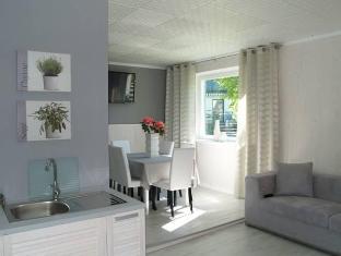 Guesthouse Vesiroosi Parnu - Apartament