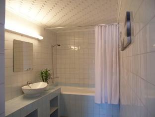 Guesthouse Vesiroosi Pärnu - Badkamer