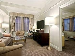 Warwick New York Hotel New York (NY) - Suite Room
