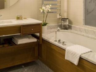 Hotel Diplomat Stockholm - Bathroom
