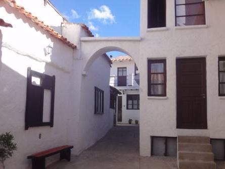 Hostal CasArte Takubamba - Hotels and Accommodation in Bolivia, South America