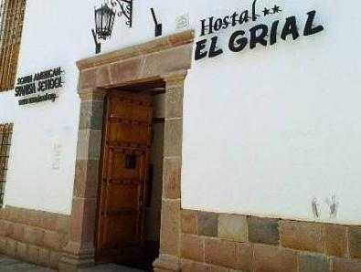 Hostal El Grial - Hotels and Accommodation in Peru, South America