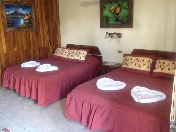 Hotel Arenal Rossi - Hotels and Accommodation in Costa Rica, Central America And Caribbean