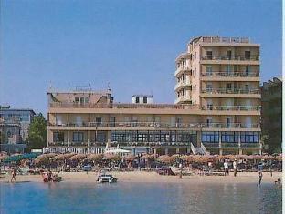 Hotel Astoria Pesaro - Spiaggia