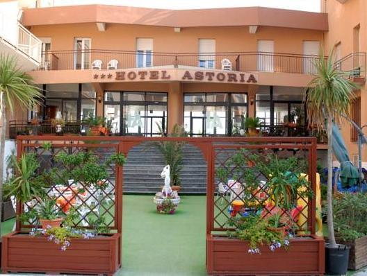 Hotel Astoria Pesaro - Esterno dell'Hotel