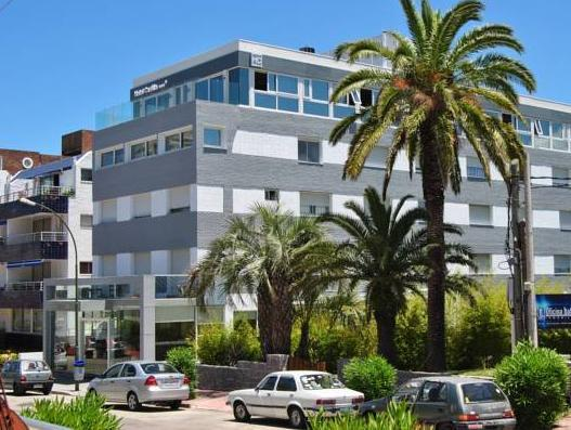 Hotel Castilla - Hotels and Accommodation in Uruguay, South America