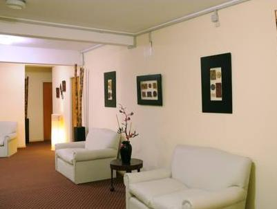 Hotel España - Hotels and Accommodation in Argentina, South America