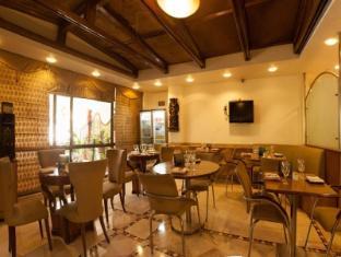 Connaught Hotel Нью-Делі і ЕнСіАр - Ресторан
