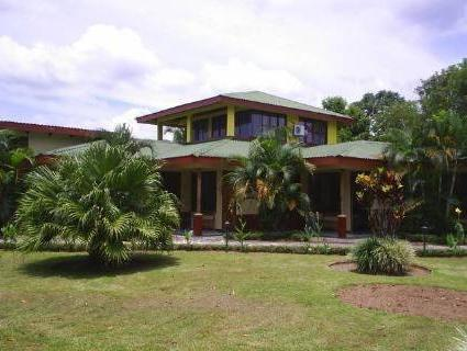 Hotel Jardines Arenal - Hotels and Accommodation in Costa Rica, Central America And Caribbean