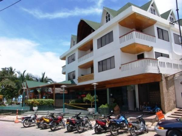 Hotel Lord Pierre - Hotels and Accommodation in Colombia, South America