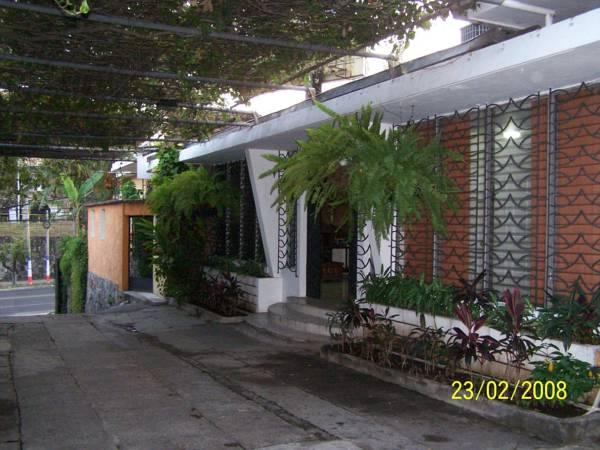 Hotel Mariscal - Hotels and Accommodation in El Salvador, Central America And Caribbean
