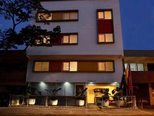 Basic Hotel Chipichape - Hotels and Accommodation in Colombia, South America