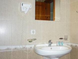 Hotel Nadejda Bansko - Bathroom