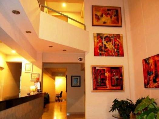 Hotel Vila Santa Miraflores - Hotels and Accommodation in Peru, South America