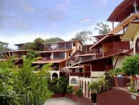 Hotel Villas El Parque - Hotels and Accommodation in Costa Rica, Central America And Caribbean