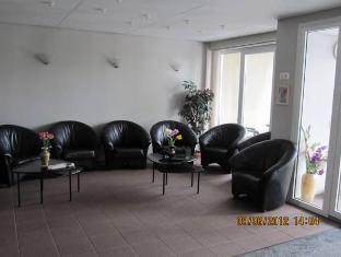 Kanali Villa Hotel פרנו - בית המלון מבפנים